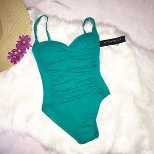 La Blanca Swimsuit one piece size 4